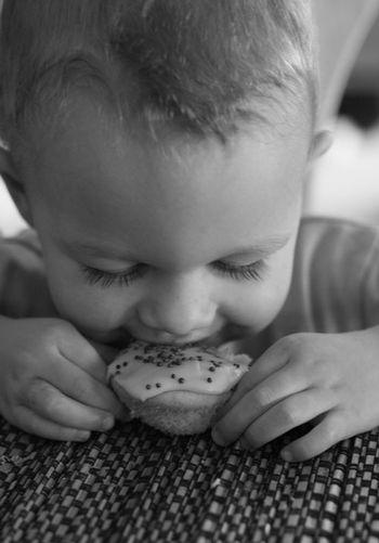 Eat-cupcake