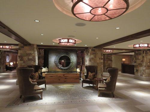 Lobby-night